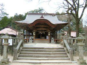 赤田神社の正面